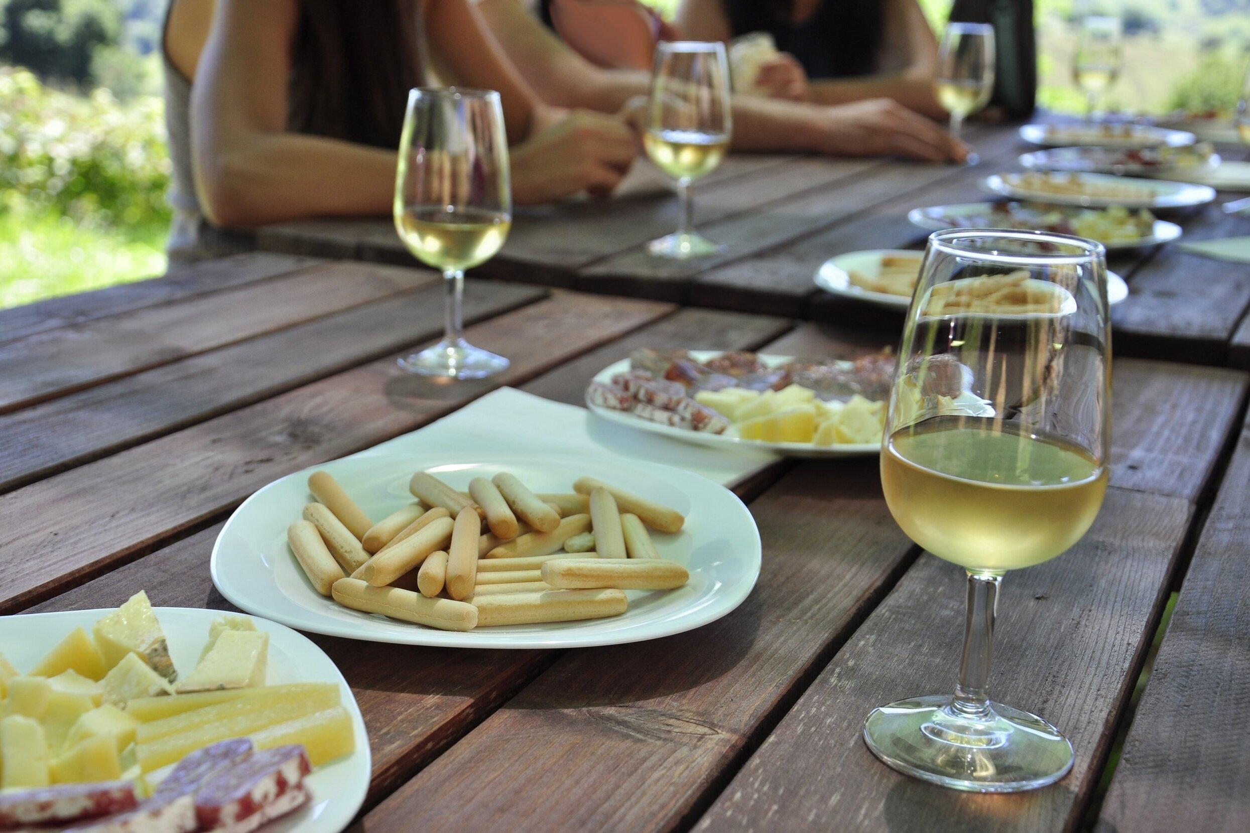 GASTRONOMIA I ENOTURISME - Selecció d'experiències gastronòmiques i enoturístiques