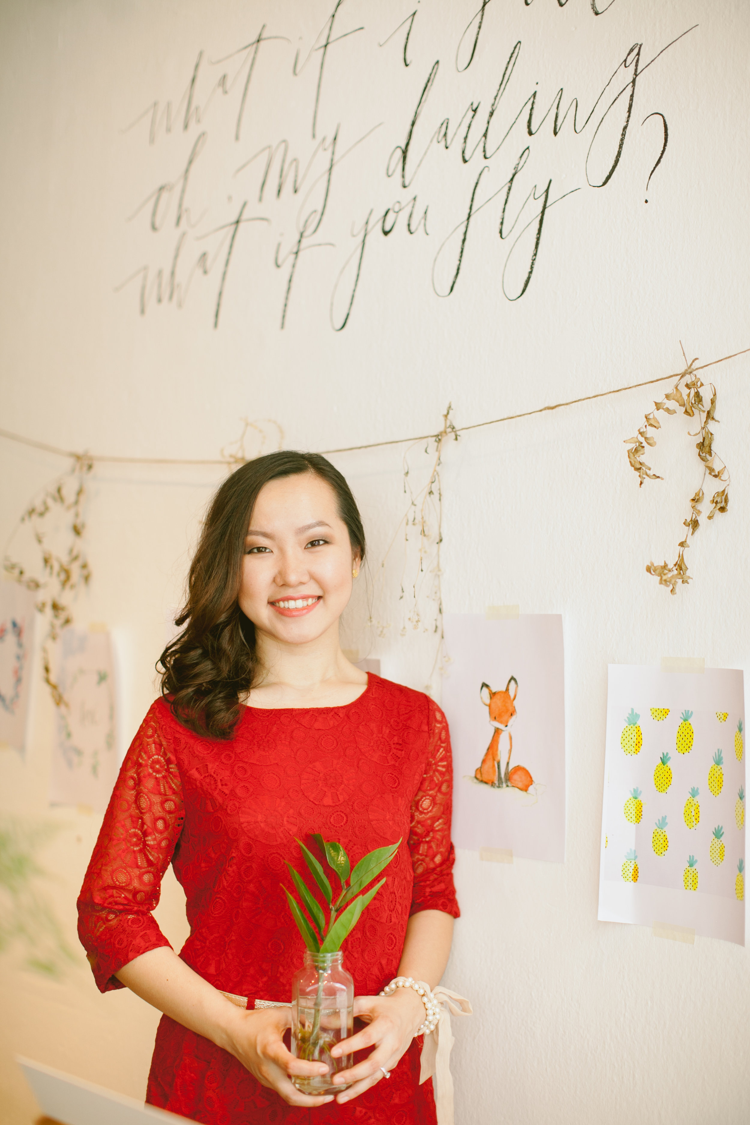 meet bebs - Hi, I am Bebs! I guide peoplewho want to break free from clutter and transform their space from ROOMFUL to JOYFUL! Everyone deserves to live in a space that is a reflection of their true selves, and feel inspired to pursue the things that bring them joy. Once you let go of clutter and create a joyful space in your physical world, then you are able to make space for things that matter most to you    Get to know more through the link below.