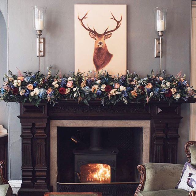 Mantelpiece arrangement @glewstonecourt