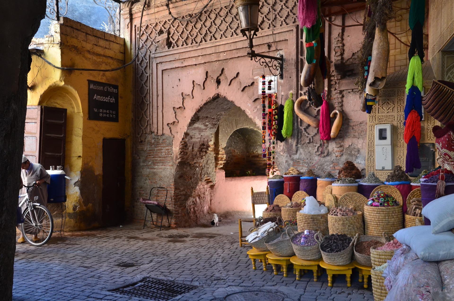 marrakech-2943147_1920.jpg