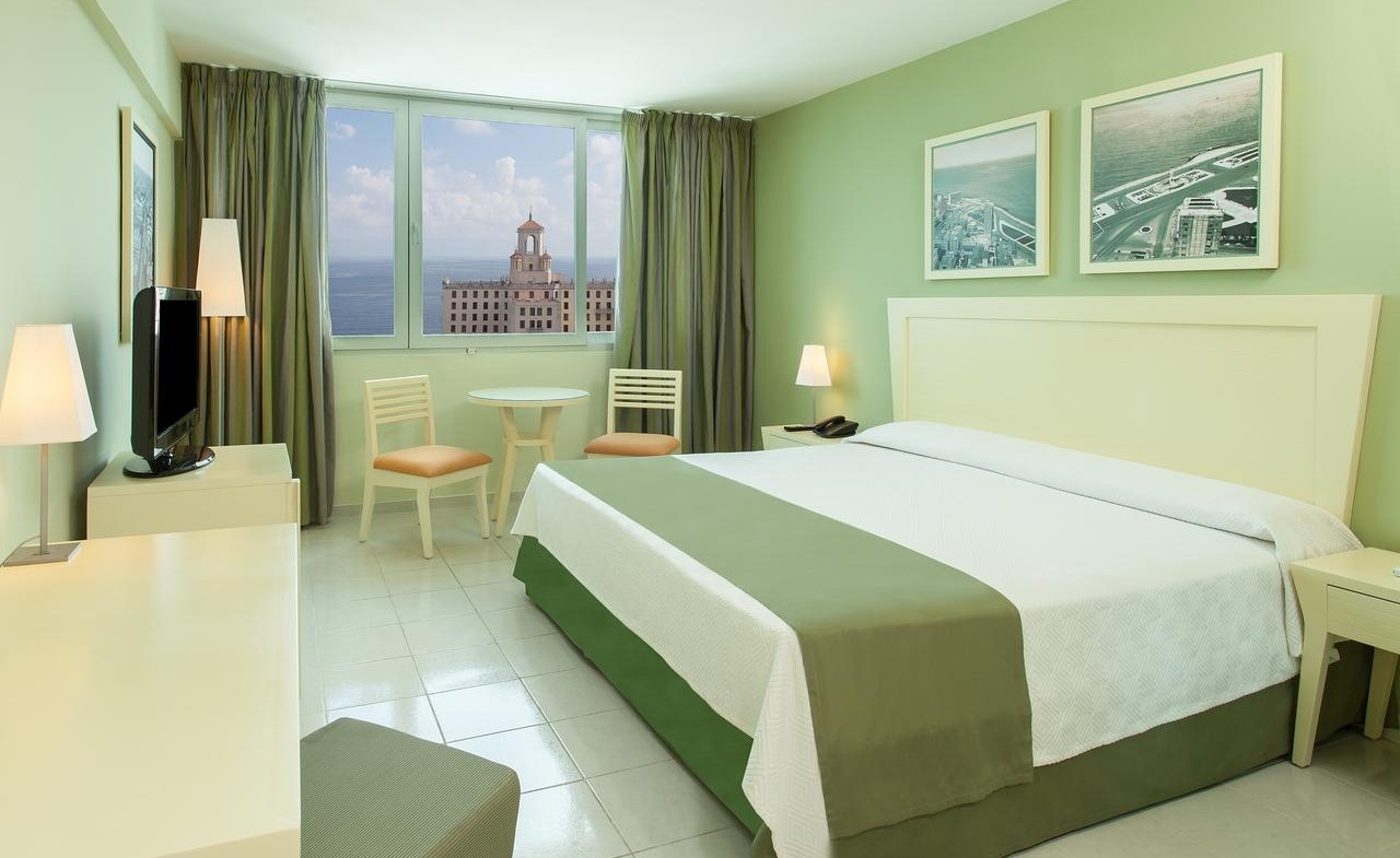 Hotel Capri - November retreat  Features: Private bath, air condition and a safety deposit box