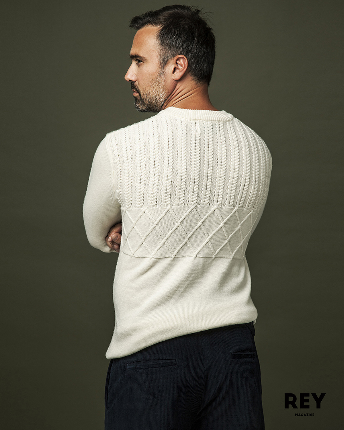 Jumper: Samsøe & Samsøe, Trousers: Scotch & Soda