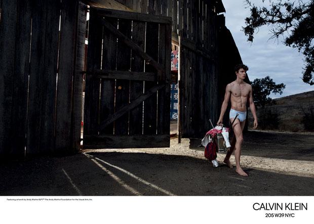 calvinkleinss18-5.jpg