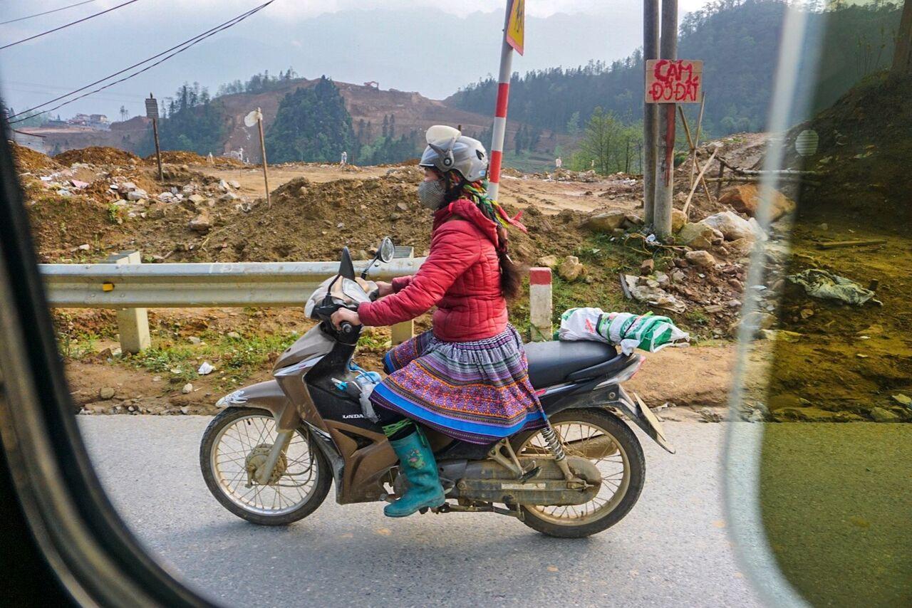 Sapa_Lady_on_Bike_preview.jpeg