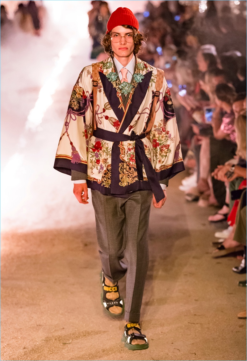Gucci-Cruise-2019-Menswear-018.jpg
