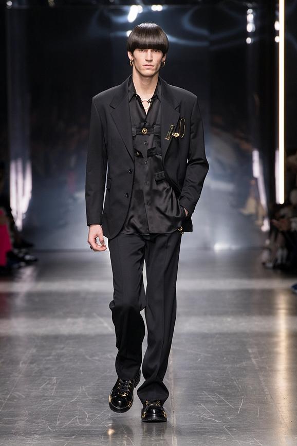 09_Versace-Mens-fw19.jpg