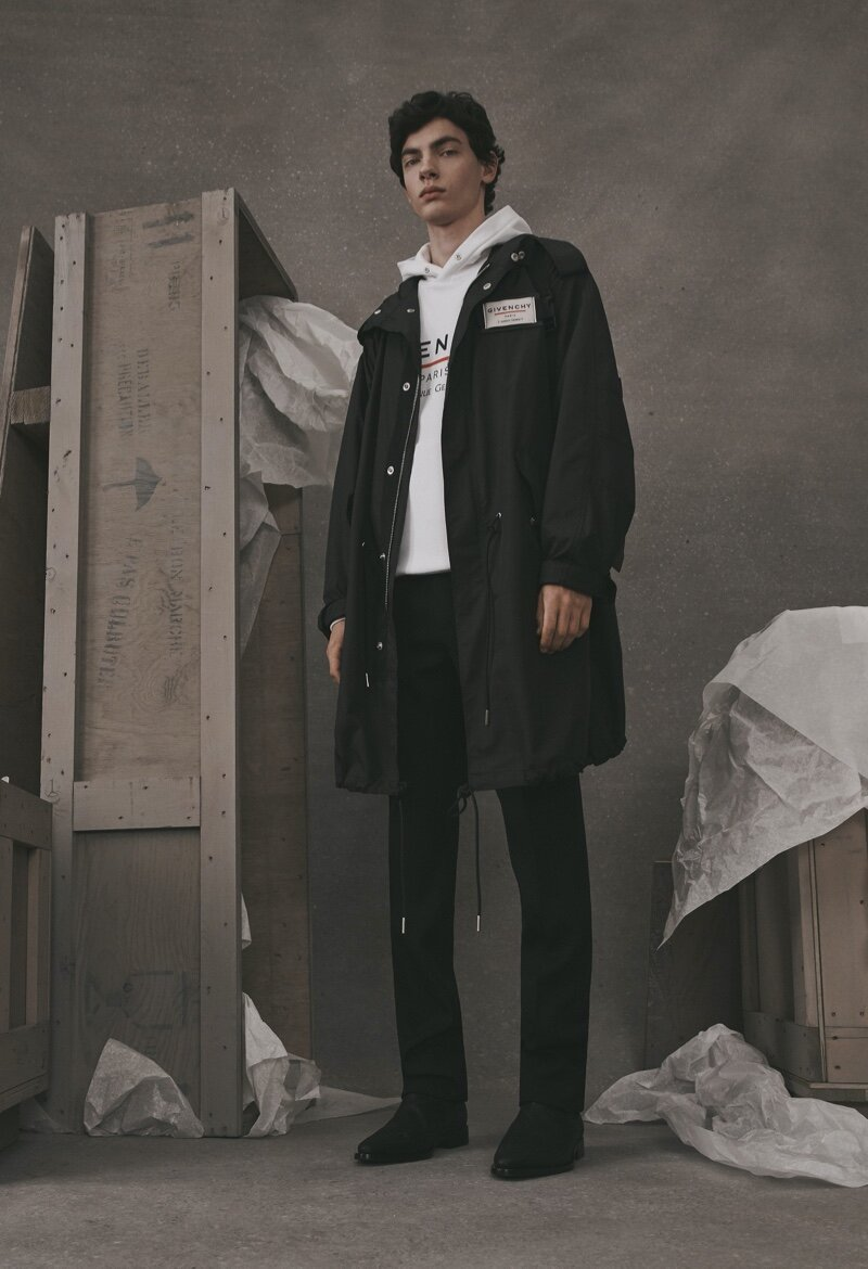 Givenchy-Atelier-2019-Mens-Collection-005.jpg