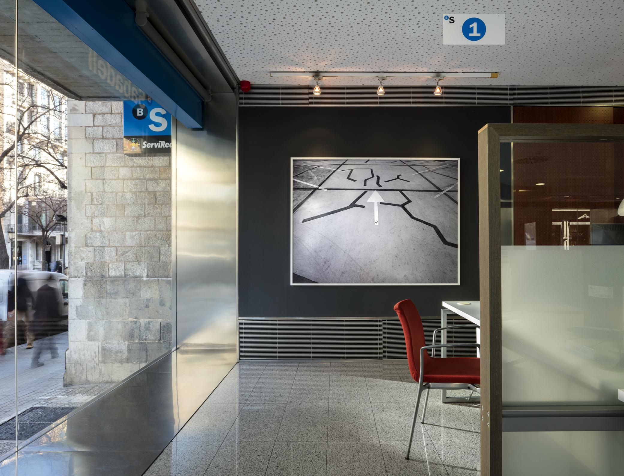 Oficinas Banc Sabadell.    ©Luis Casals