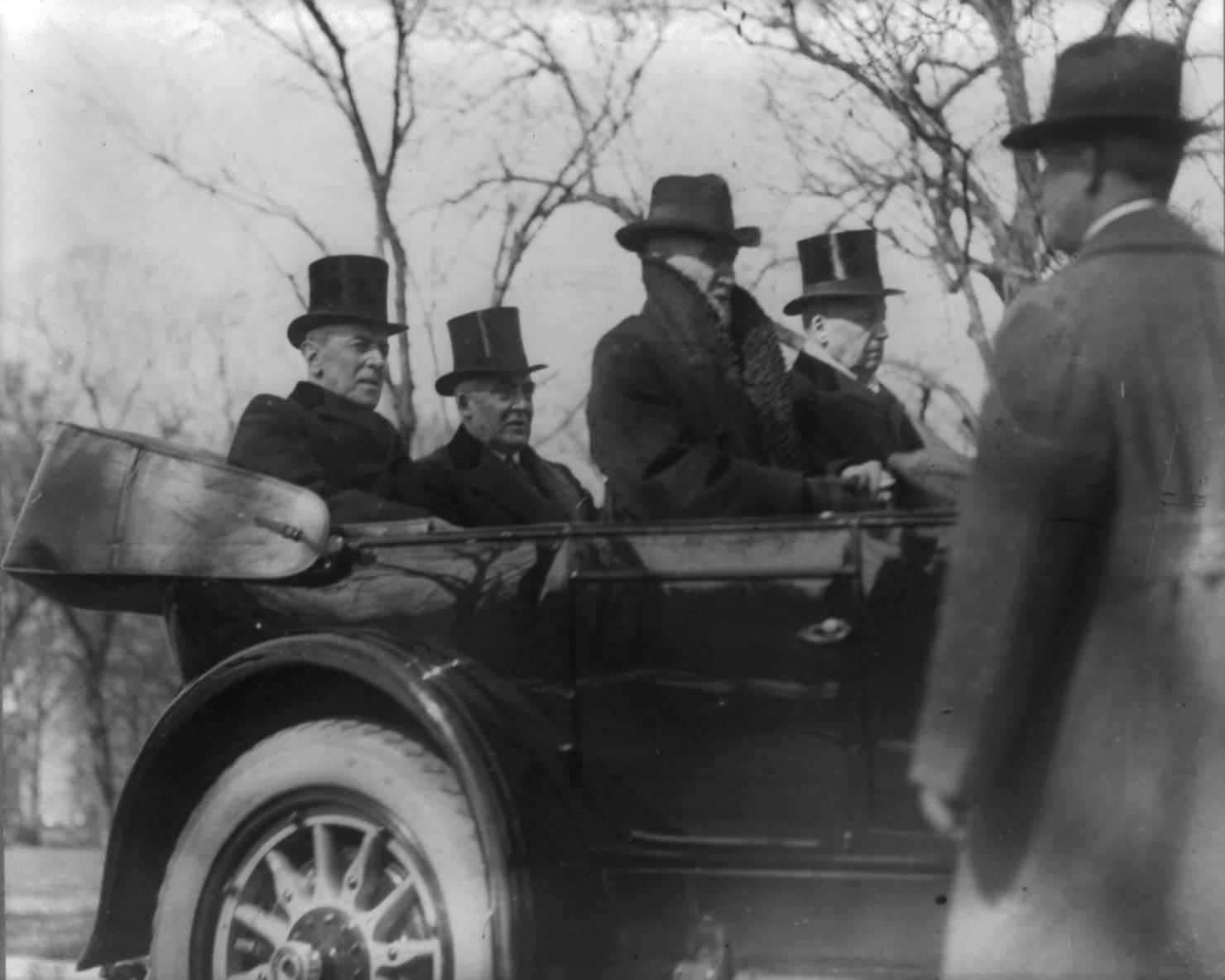 Woodrow_Wilson_Car_Inauguration.jpg