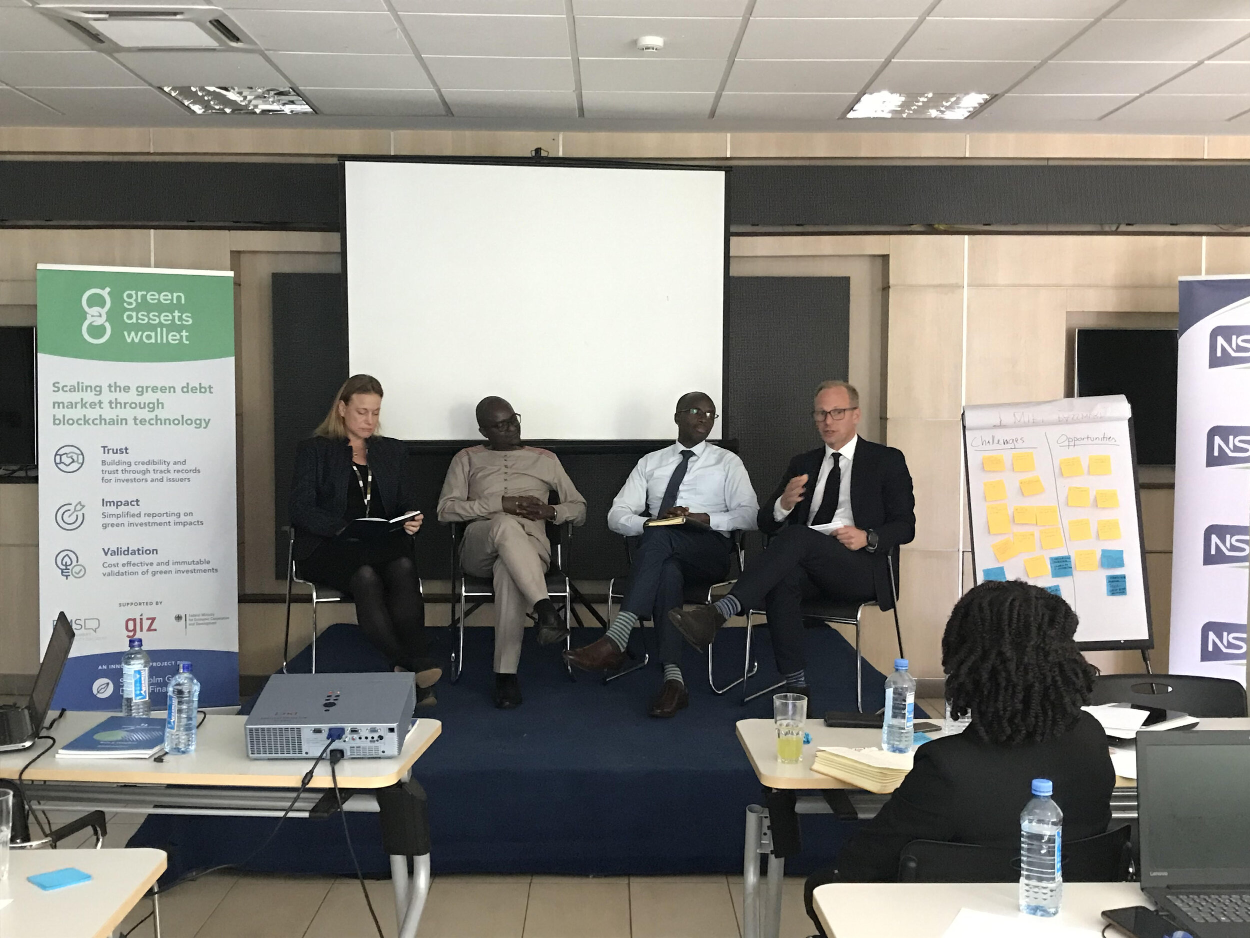 Harald Francke Lund moderating a panel discussion on the current state of the green bond market with Cecilia Murai, Victor Nkiiri, and Hillary Cheruiyot Biwott