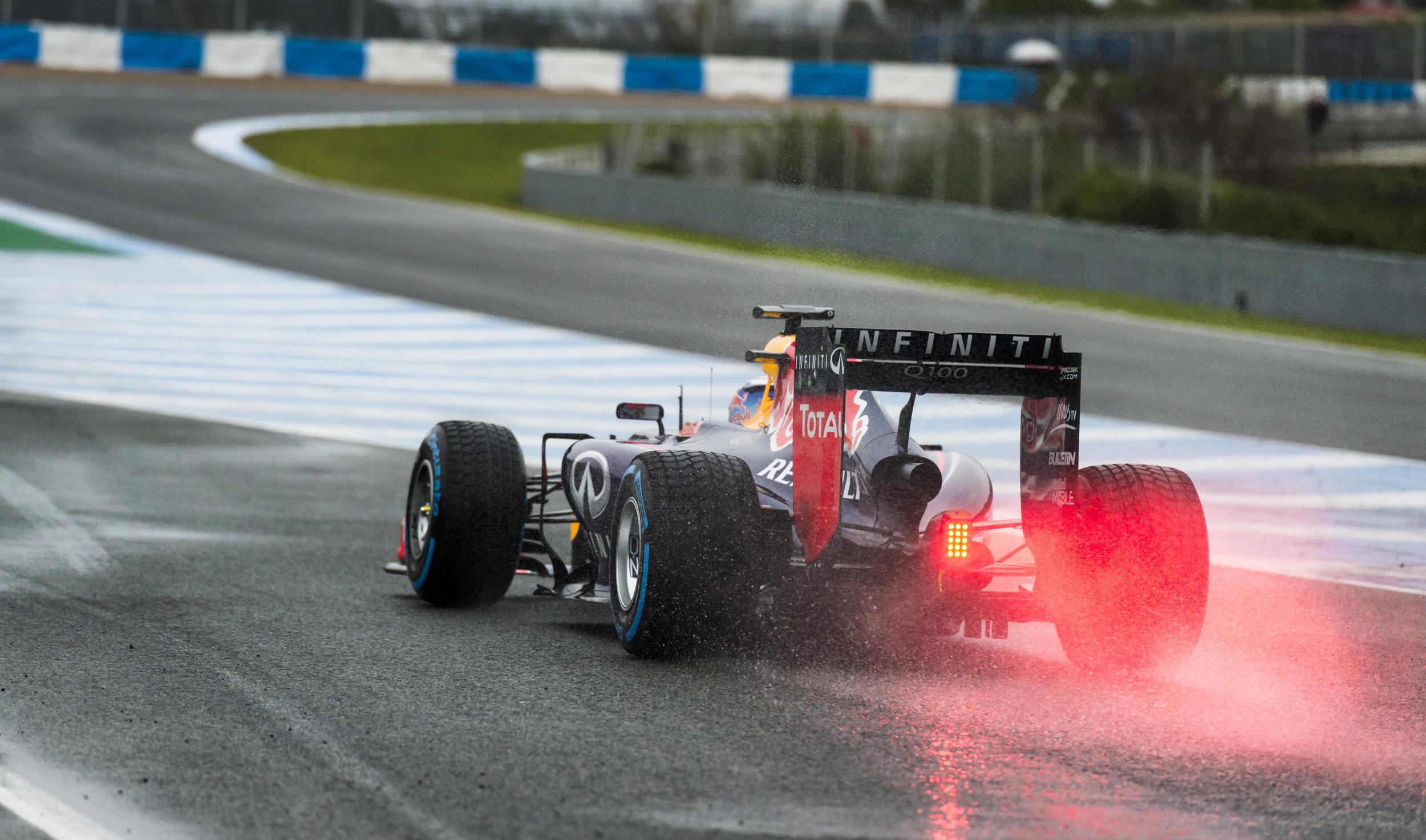 Daniel Ricciardo Leaving Pits-2.jpg