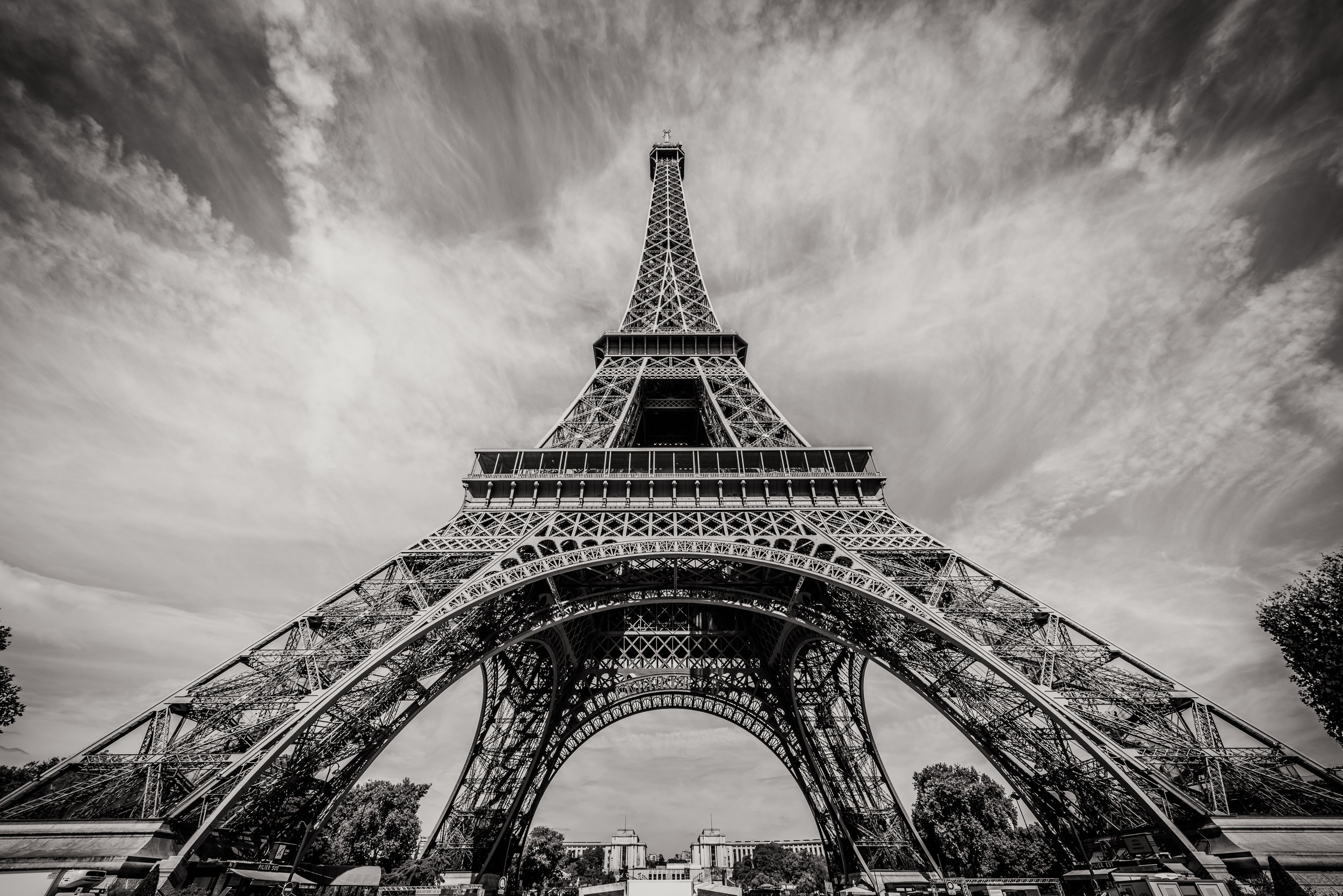 Eiffel BW (1000 of 1).jpg