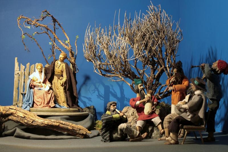 One of the 100 Nativity Scenes inside the Rathausgalerie Marienplatz