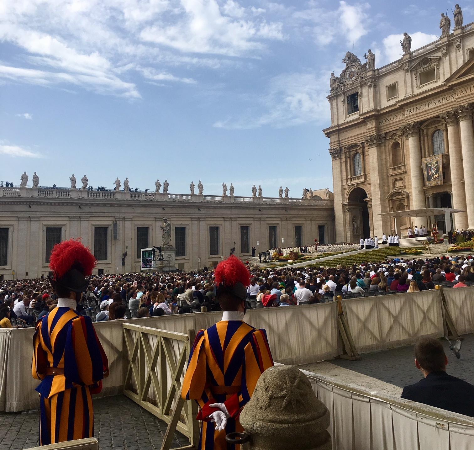 Papal Mass on Divine Mercy Sunday 2018