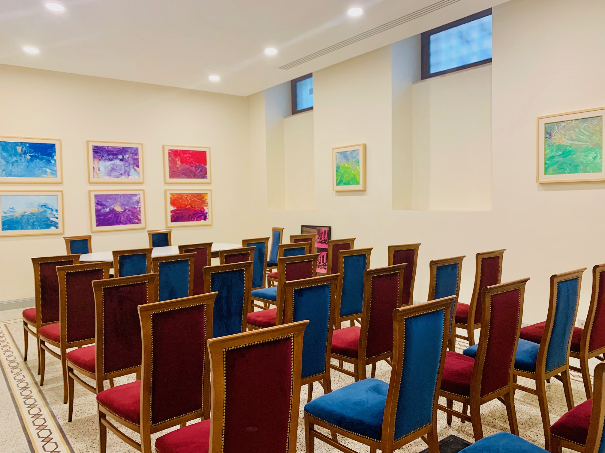 Beautiful, bright meeting rooms and co-working spaces are available to rent.