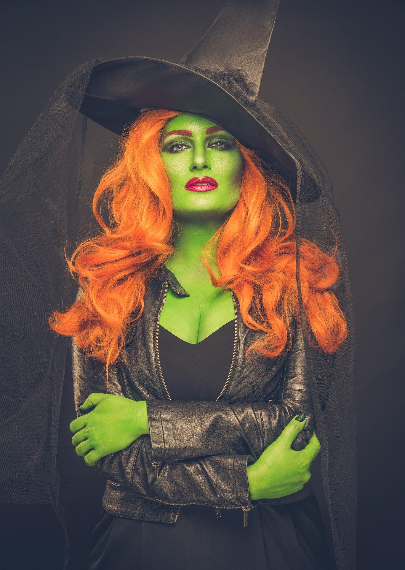 Wicked Witch seduction.jpg