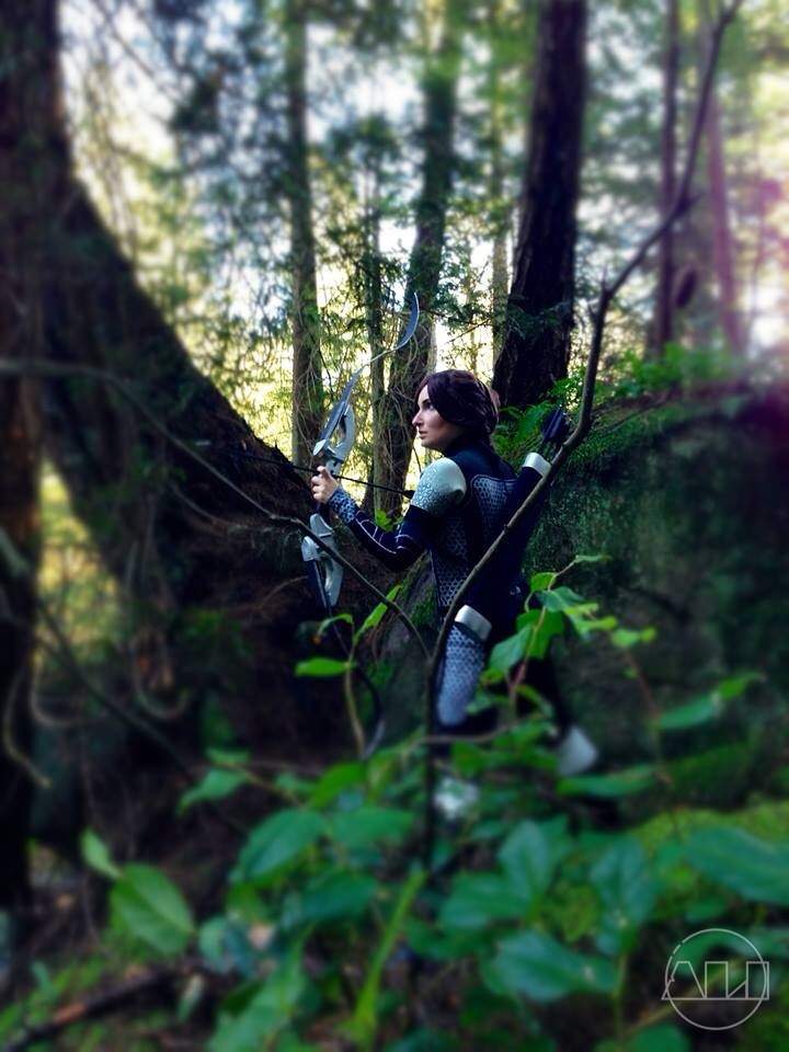 ÁLI as Katniss - amoungst trees.JPG