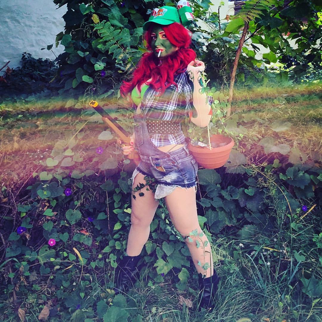 Trailer Trash Ivy
