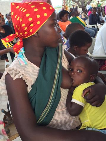 breastfeeding-women-c-valeriarodrigues.jpg