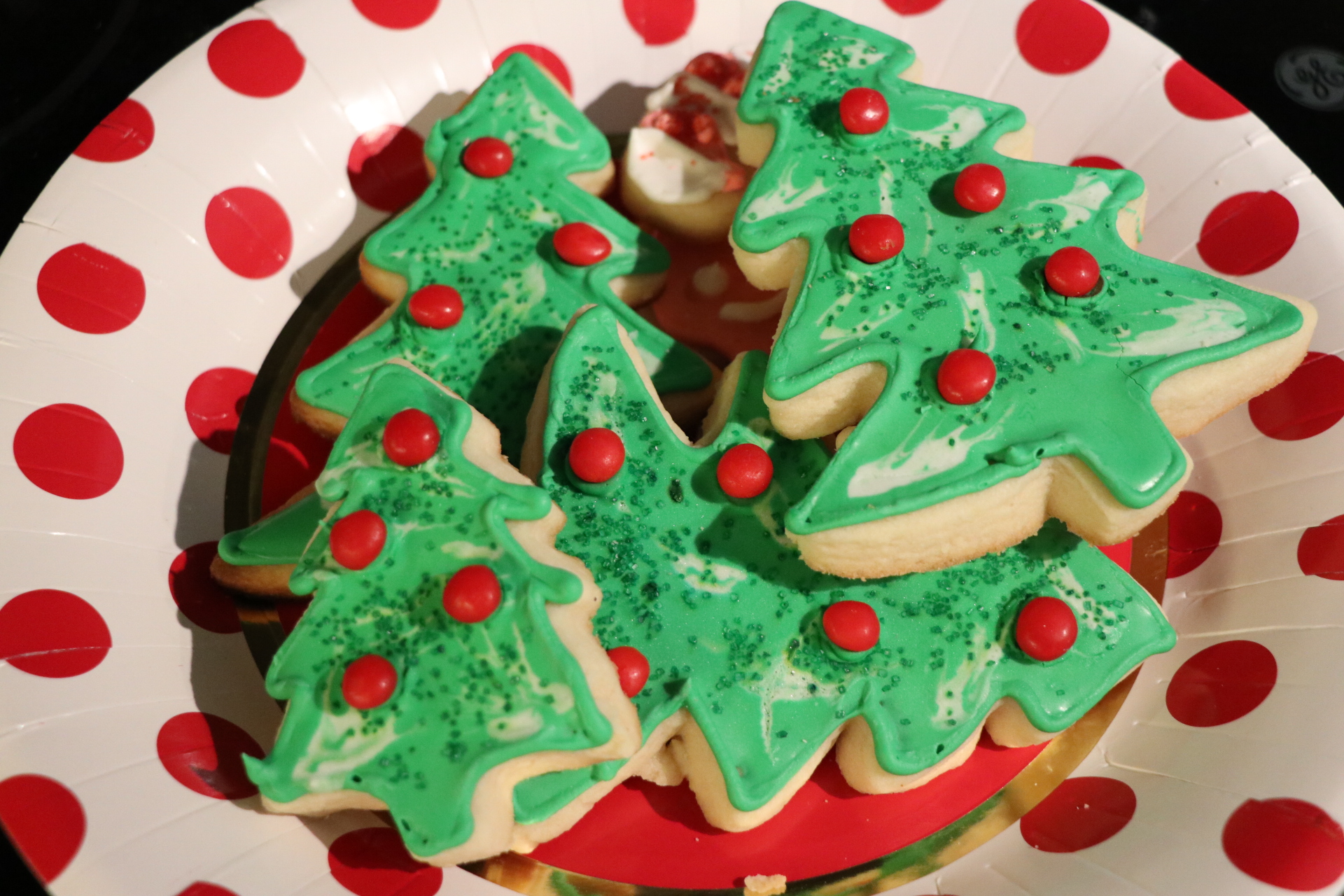 The Best Sugar Cookie Recipe and Icing