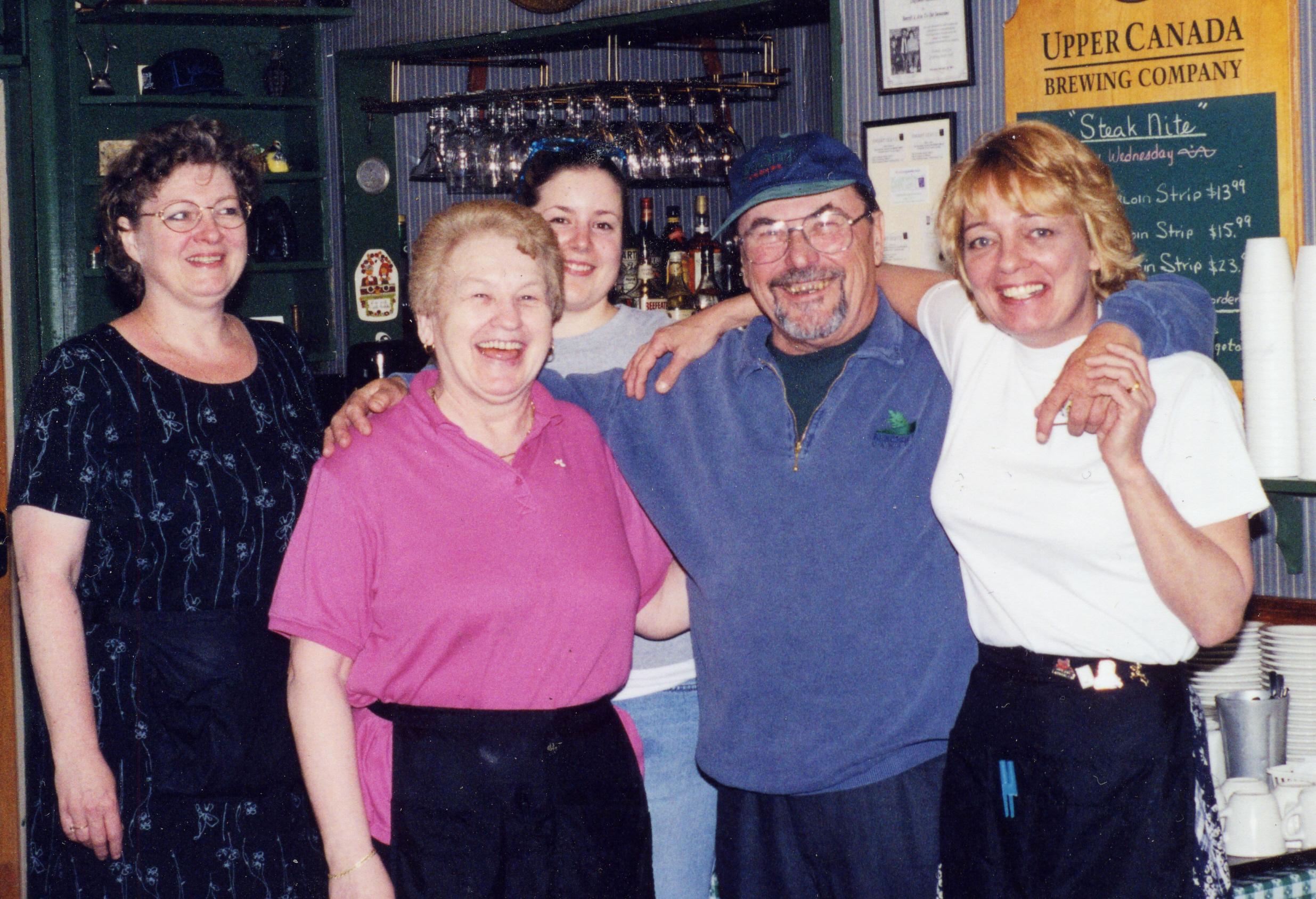 Verna, Charles, Debbie R,  Melinda, Elizabeth May 2002 Charles Bday cropped.jpg