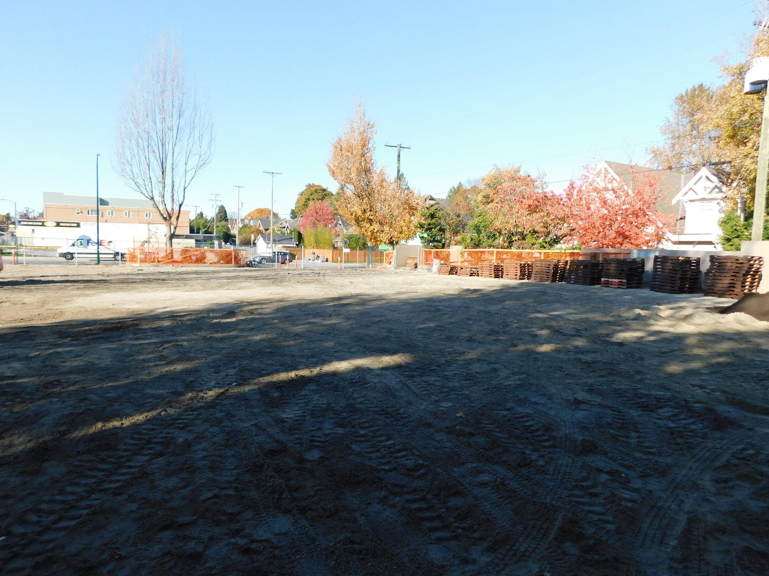 4th_Macdonald_Vancouver_Community_Garden_Builders-0001.JPG