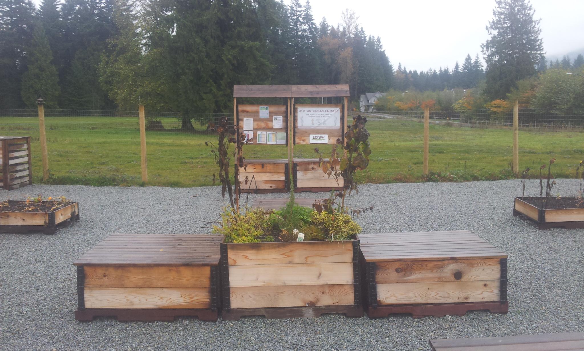 burke-mountain-temporary-community-garden-closing-112013_11244613884_o.jpg
