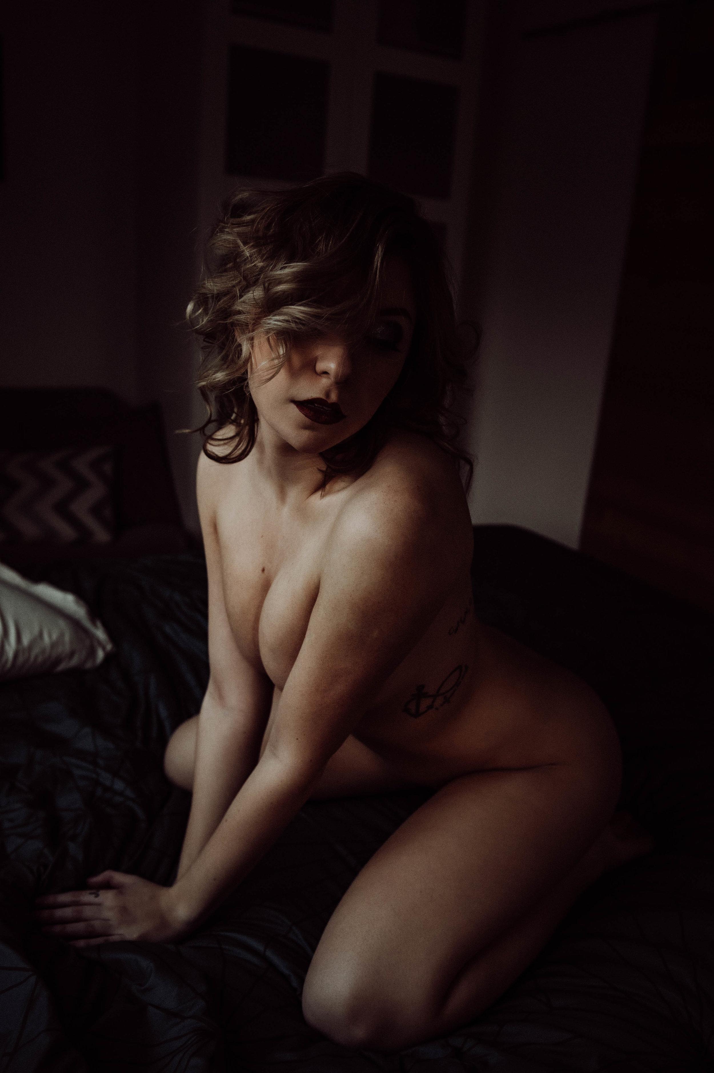 short haired woman kneeling intimate nude photography boudoir photography new york city studio