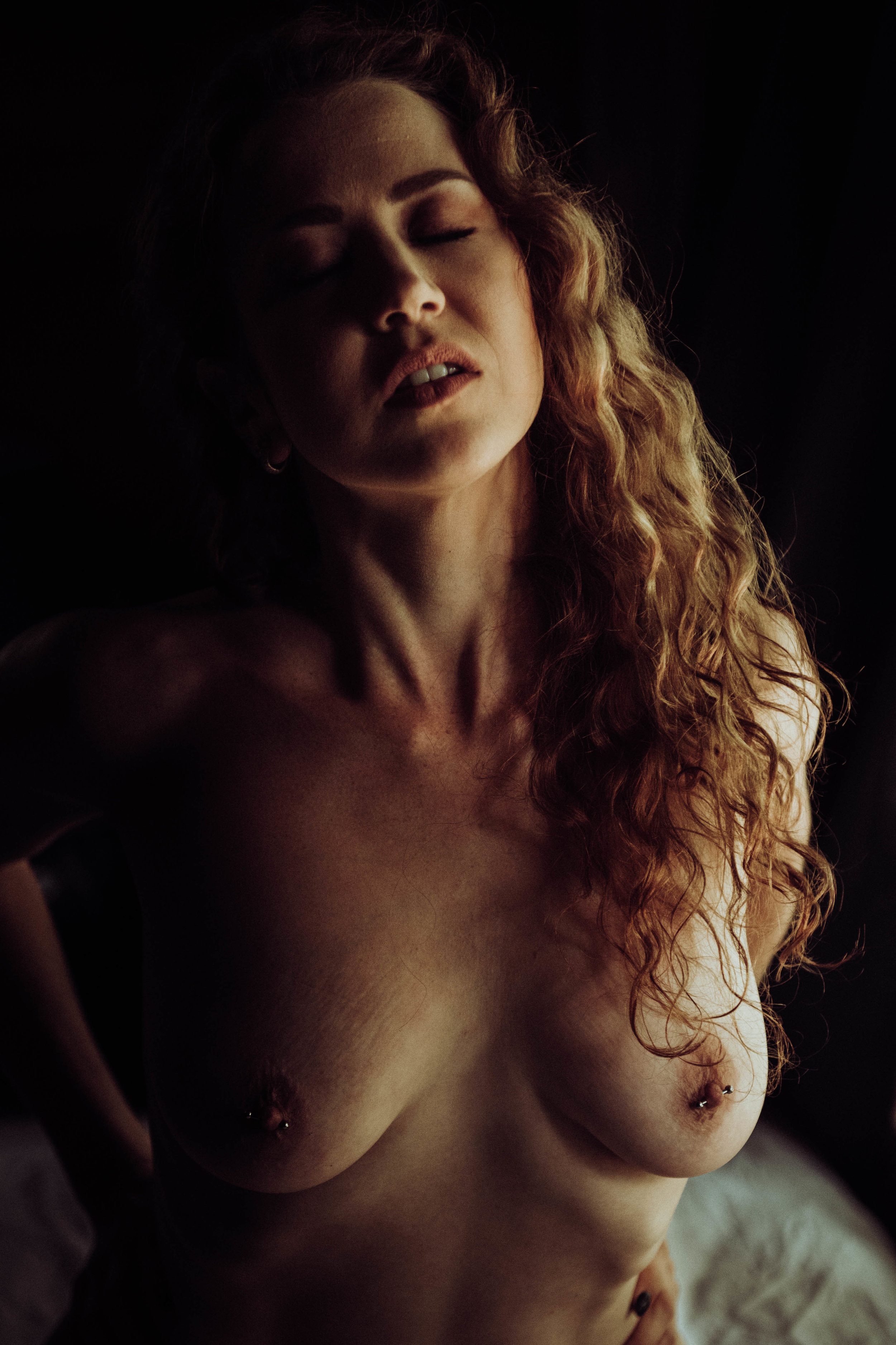 Erotic nude photography Taylor Oakes Boudoir photography New York Studio