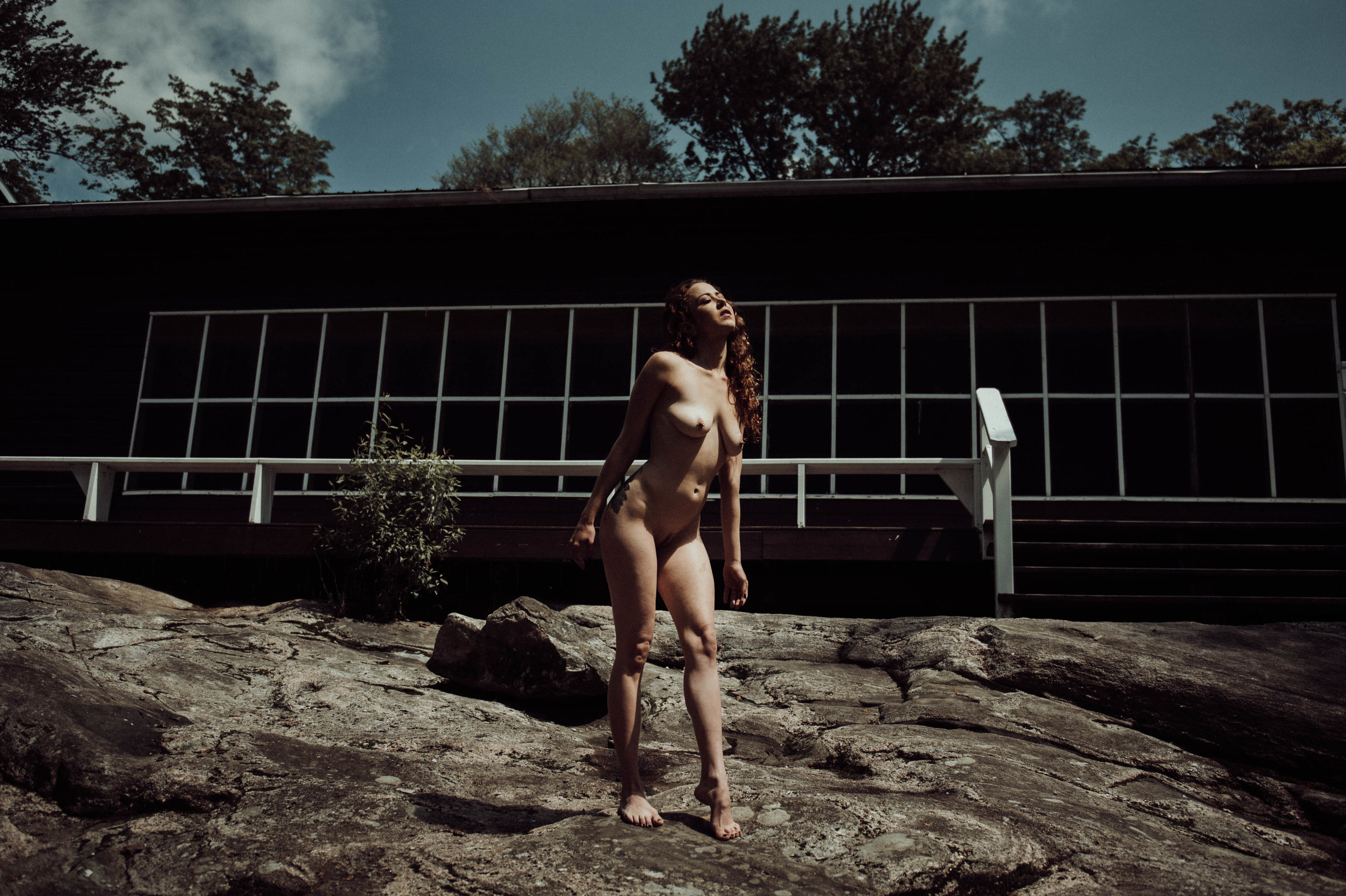 Erotic nude outdoors photography Taylor Oakes Boudoir photography New York