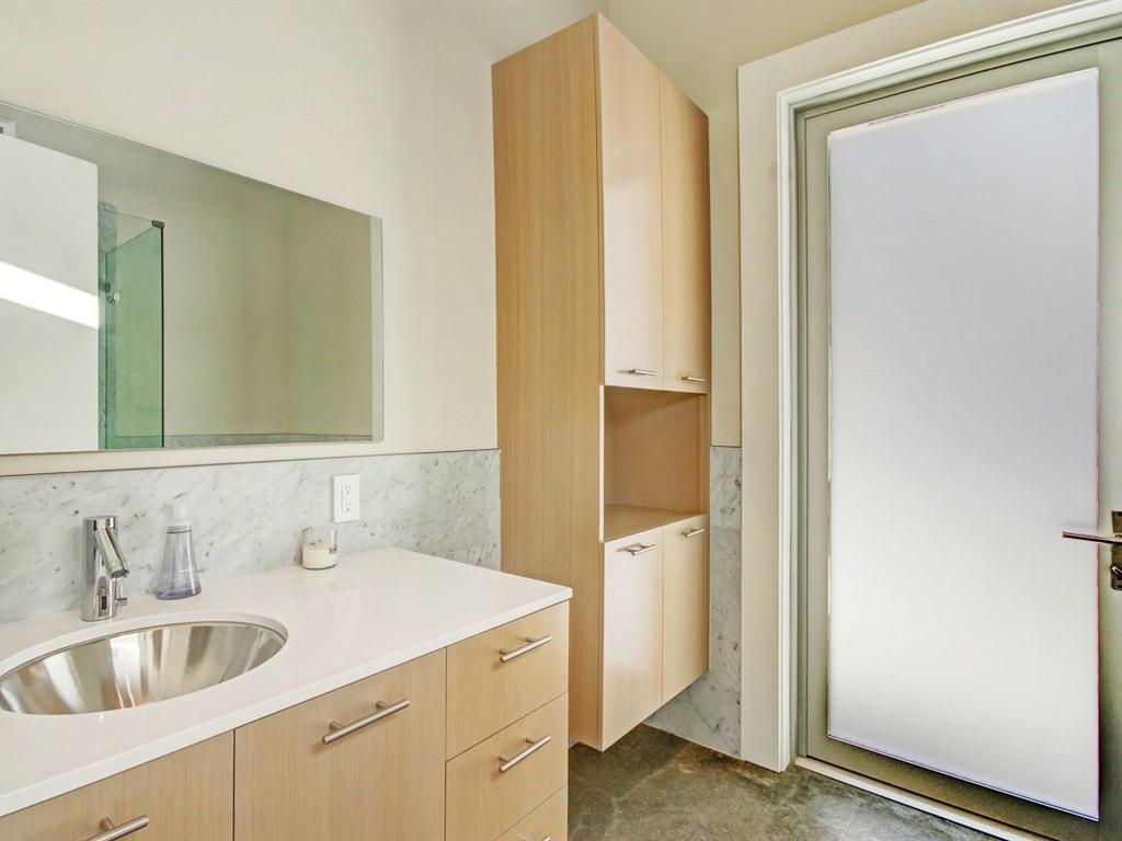 031_Guest House Bath.jpg