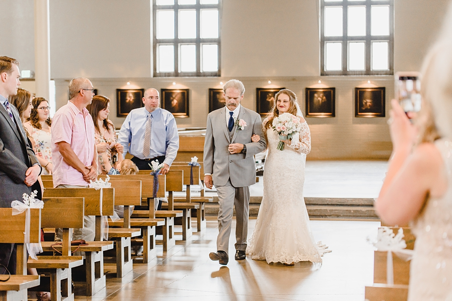 Wedding Day At Purdue University in West Lafayette Indiana_1336.jpg