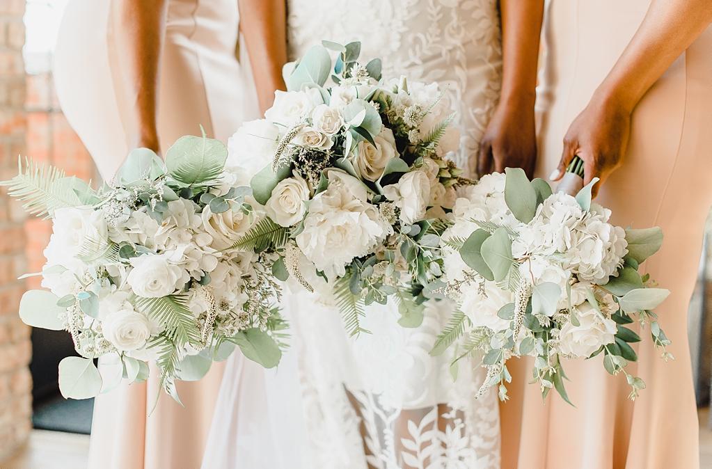 A wedding at Loft Lucia in Chicago Illinois_1435.jpg