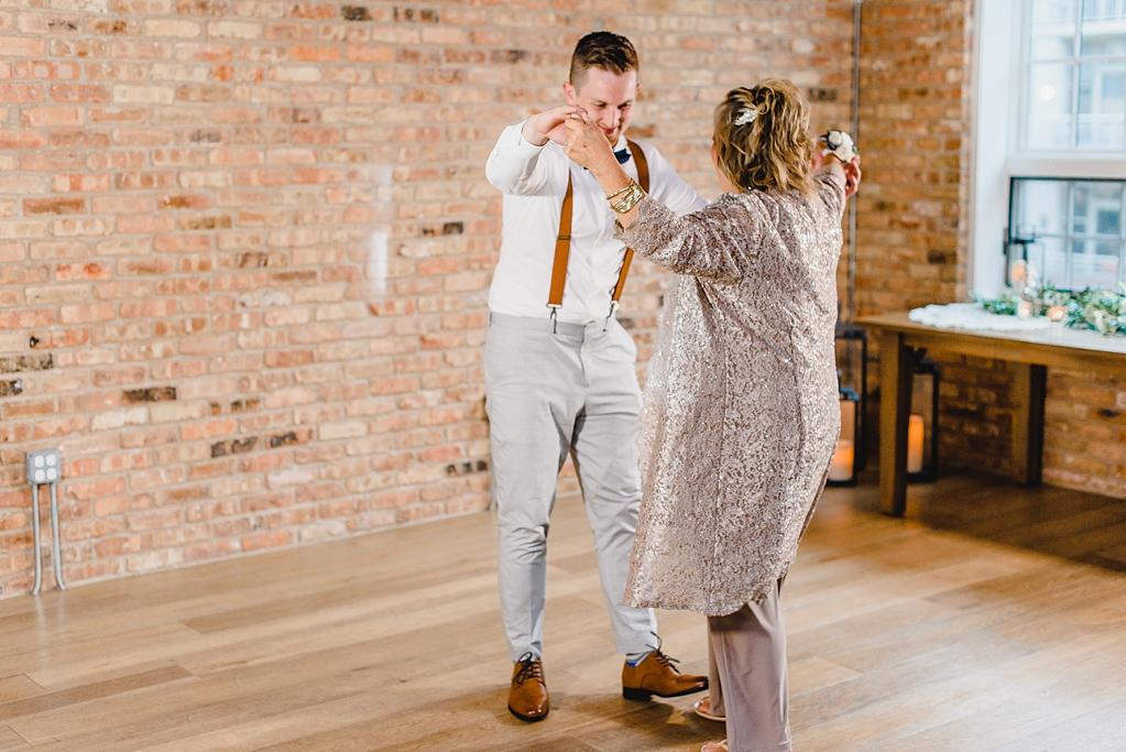 A wedding at Loft Lucia in Chicago Illinois_1468.jpg