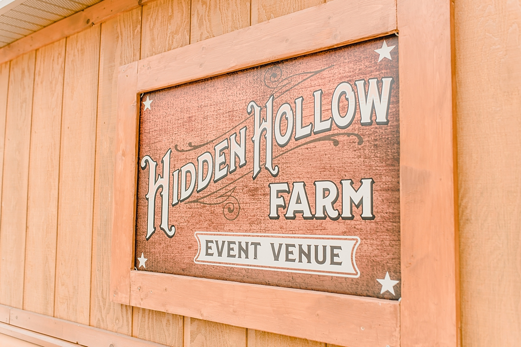 Wedding day at Hidden Hollow Farms in Crawfordsville Indiana_1489.jpg