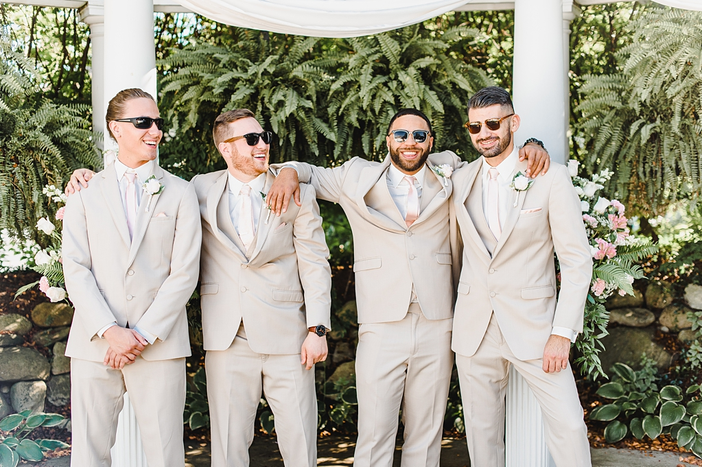 Wedding Day at Aberdeen Manor in Valparaiso Indiana_1654.jpg