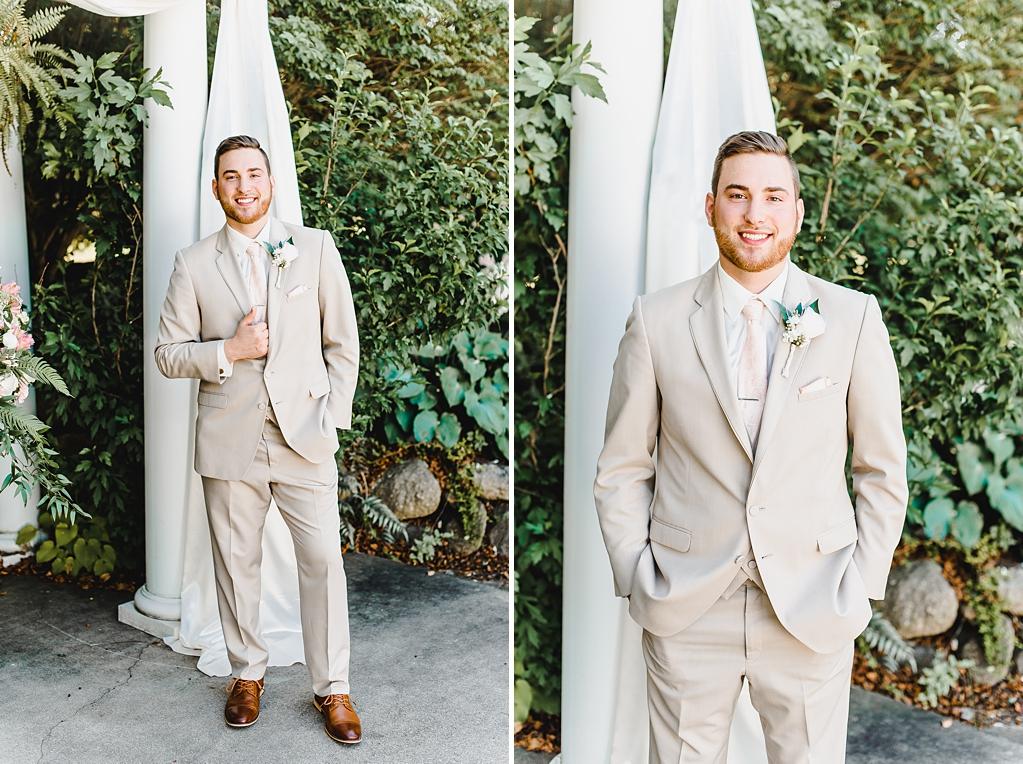 Wedding Day at Aberdeen Manor in Valparaiso Indiana_1657.jpg