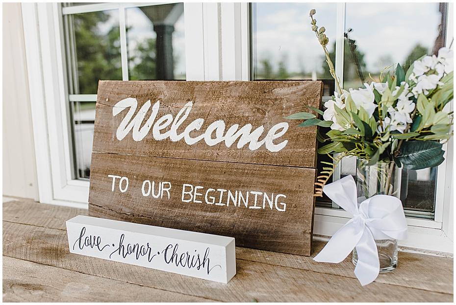 Wedding Day at JLH Wedding Barn in Jamestown Indiana_0270.jpg
