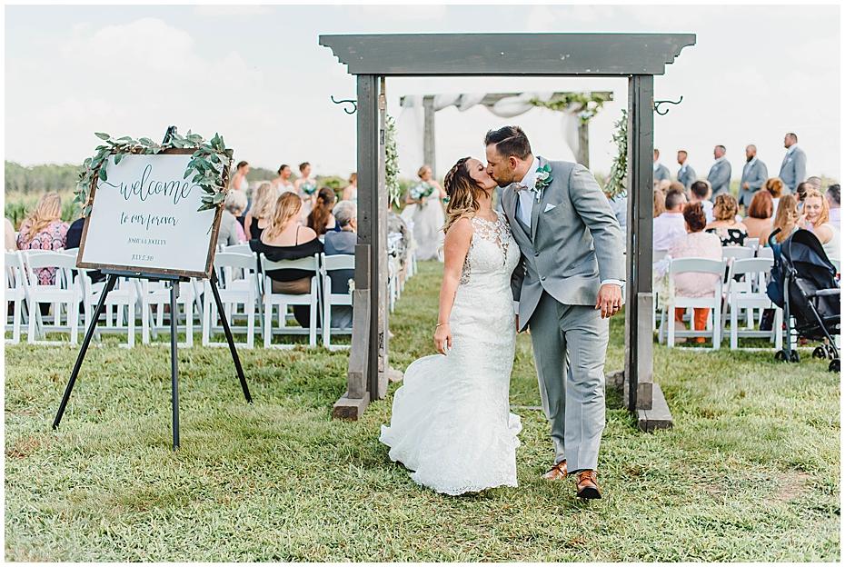 Wedding Day at JLH Wedding Barn in Jamestown Indiana_0335.jpg