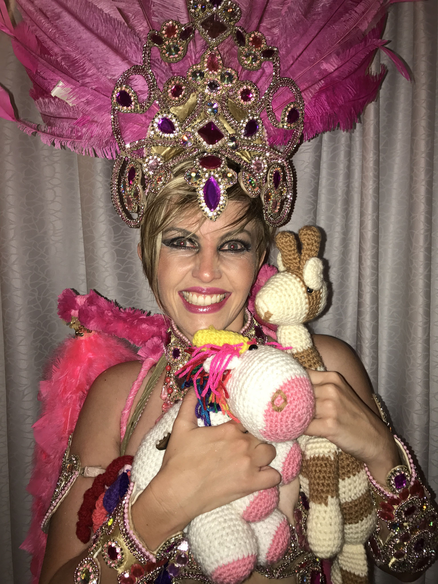 Samba dancer Tessa with Rare Bears