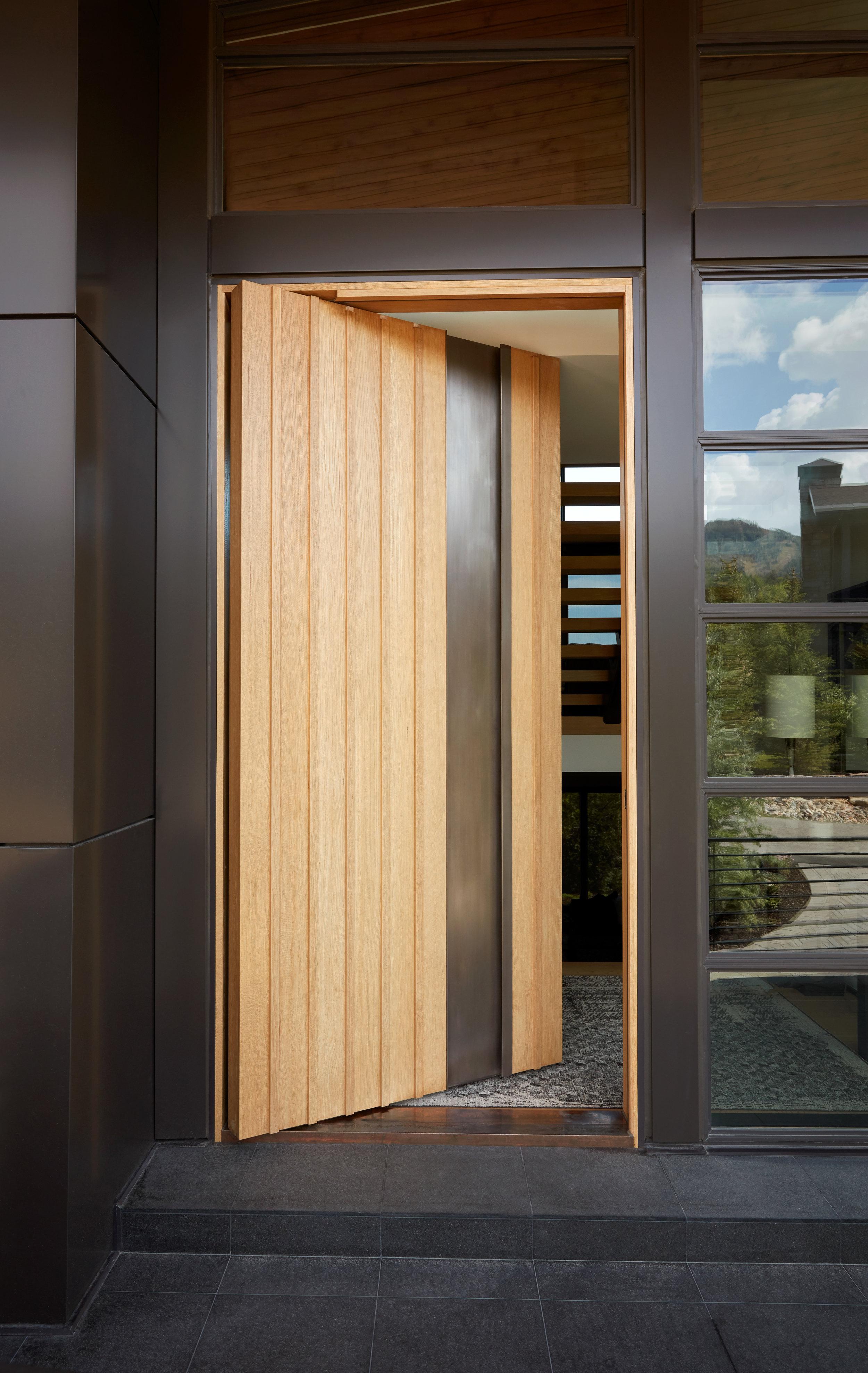 Lecate Custom Exterior Entry Doors