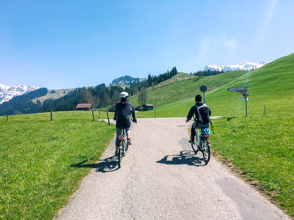 switzerland-herzroute-cycling-flyer