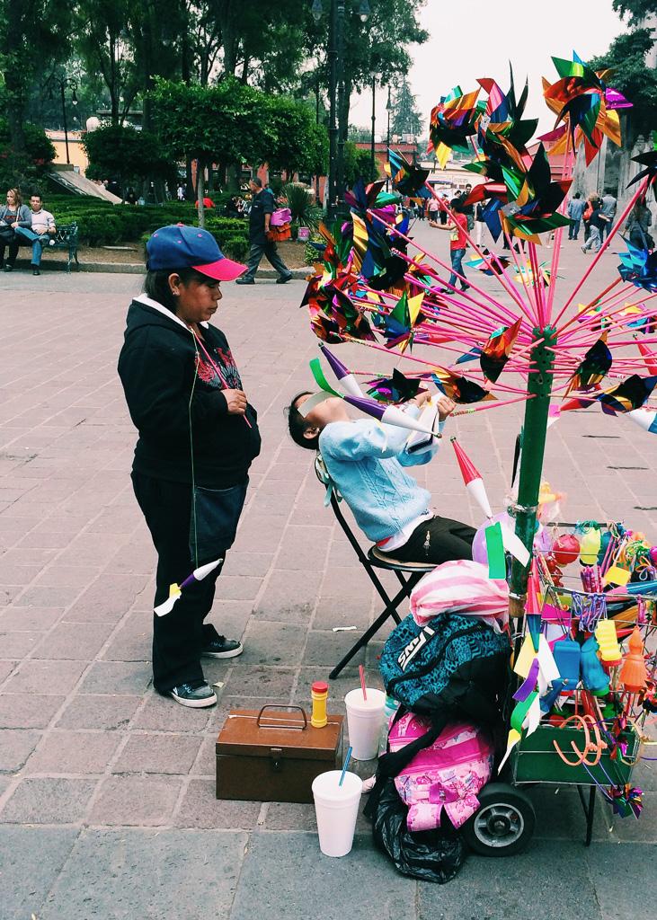 mexico-city-colorful-pinwheels