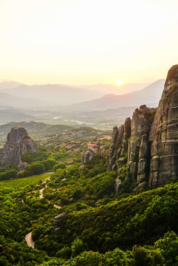 meteora-greece-travel