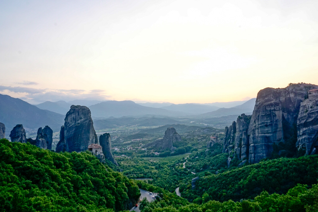 meteora-greece-sunset