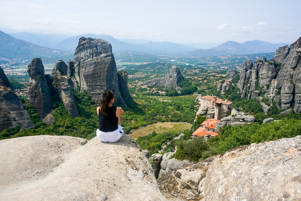 meteora-view-photo-travel-blogger