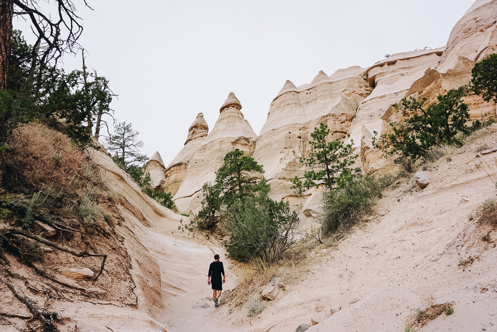 Hiking the Kasha Katuwe Tent Rocks Trail