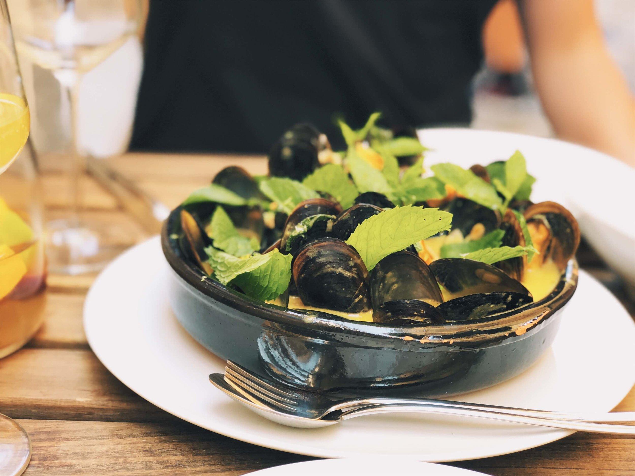 mussels at Muro Velho tapas restaurant