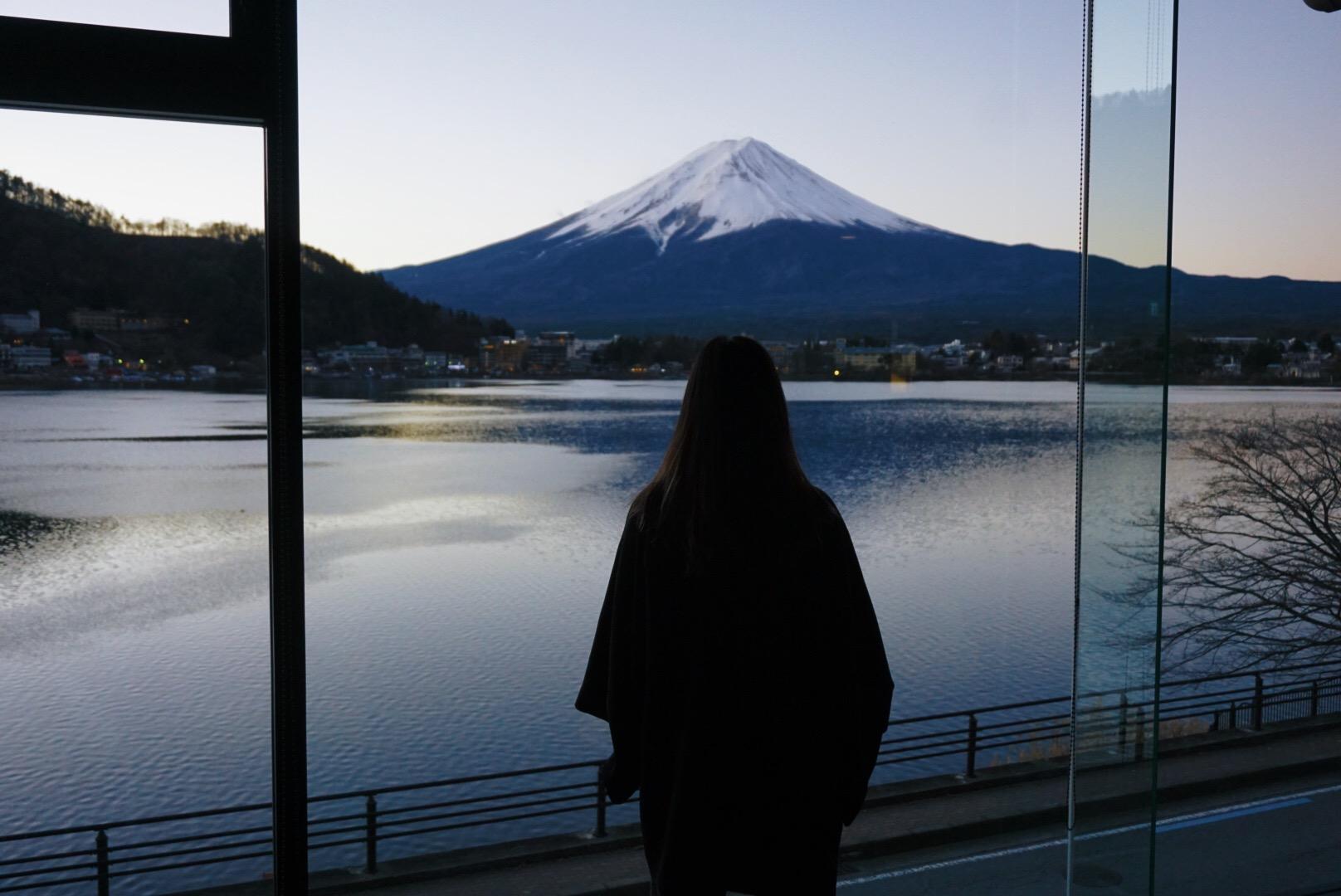 morning view Lake Kawaguchiko and Mount Fuji