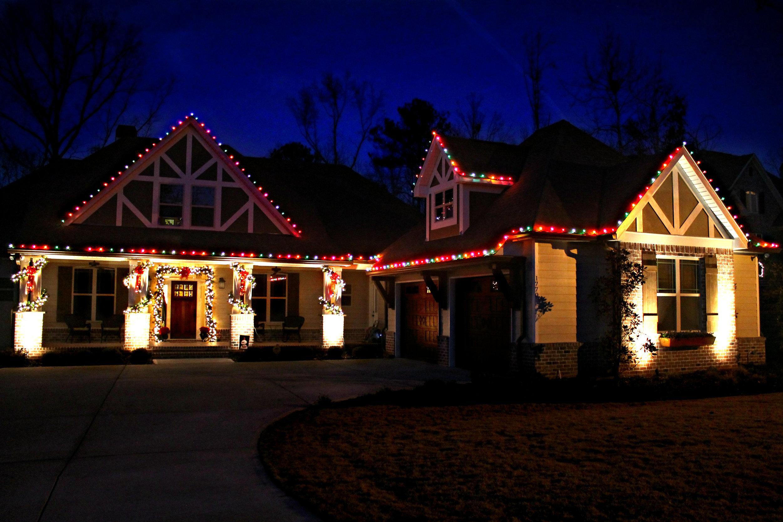 glitter and glow chrismas decor residential exterior (44).jpg